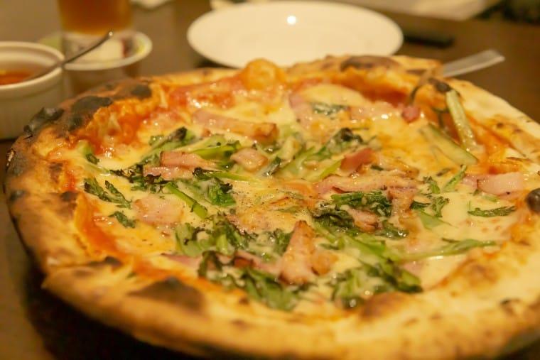 写真:大田区産の野菜を使ったピザ