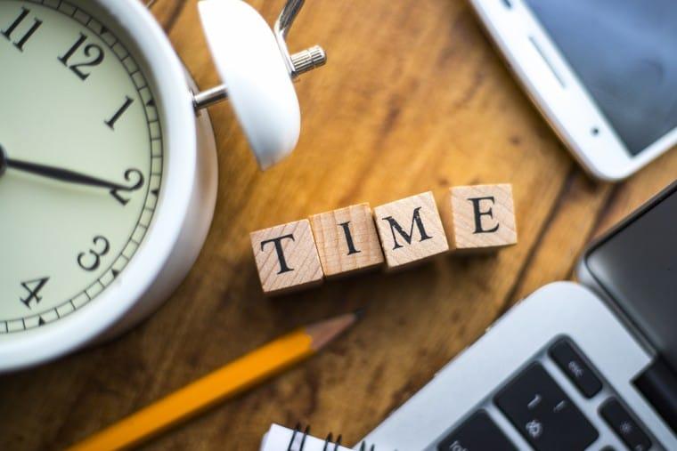 写真:時間のイメージ