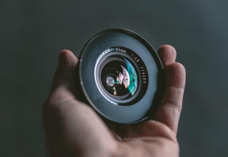 写真:単焦点レンズ