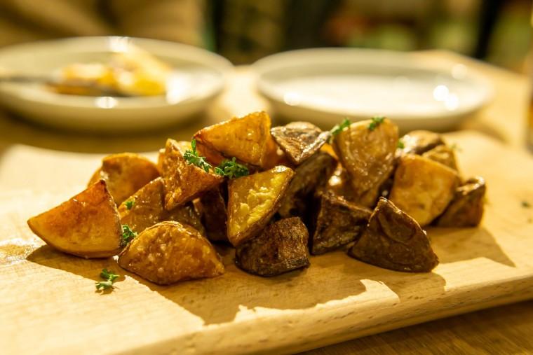 写真:3種の芋のフライドポテト