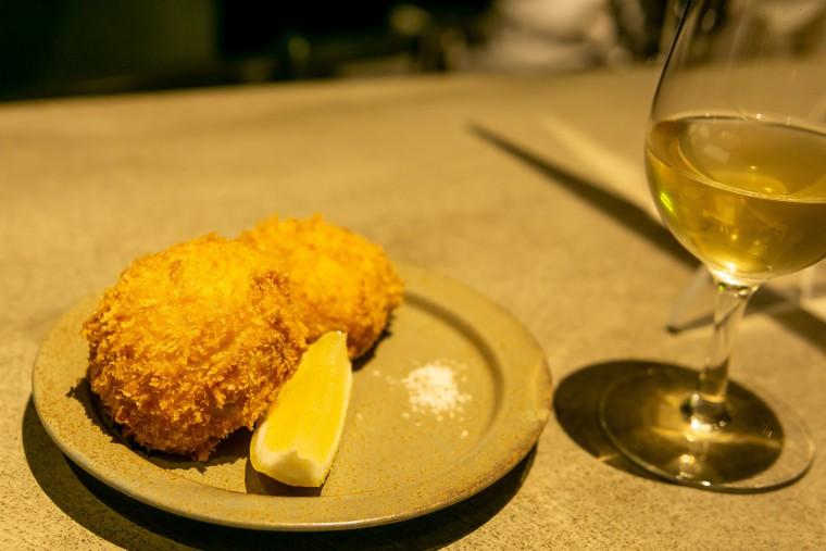 写真:牡蠣とゴルゴンゾーラのクリームコロッケ